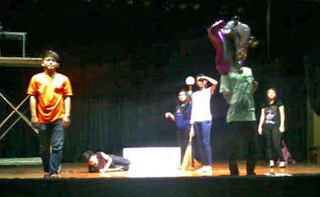 UKM_Teater_1