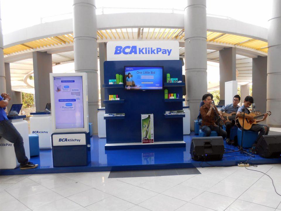 booth-bca
