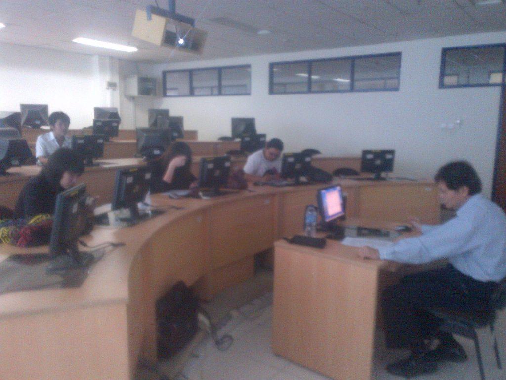 Pademangan-20111128-00137