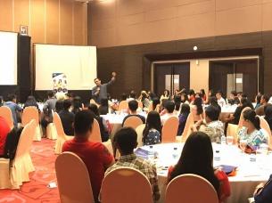 UBM Gelar Parents Gathering di Bangka dan Tangerang