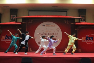 "Festival Budaya Tionghoa UBM : ""Inheriting Chinese Culture, Shaping New Talent"""