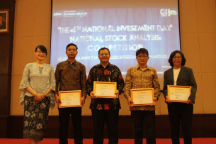 "The 4th National Investment Day : National Stock Analysis Competition & National Seminar ""Seize the Moment And Be Young Investors"""