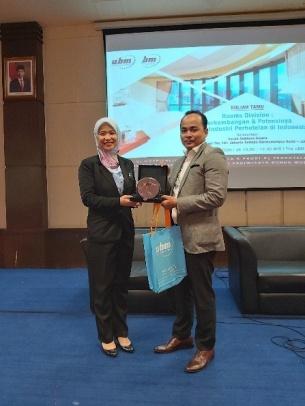 """KULIAH TAMU Room Division : Perkembangan dan Potensinya dalam Industri Perhotelan di Indonesia"""""""